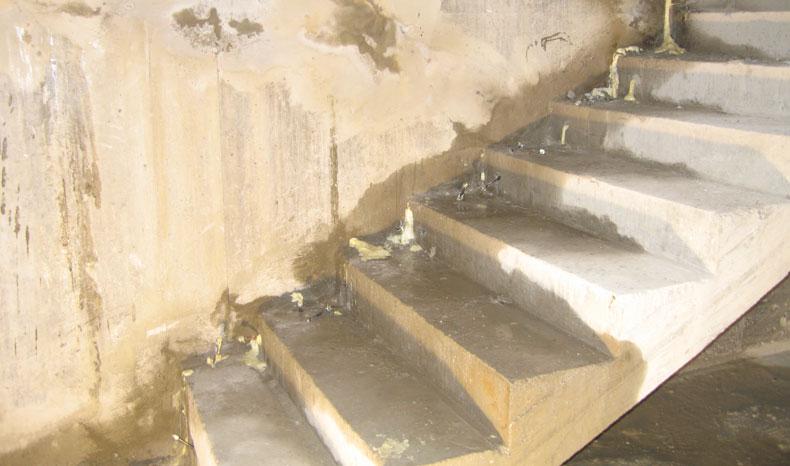 sigillatura.infiltrazioni.acqua.scale.sotterranee.01.ecorisanamento.mosole.soluzioni.edili